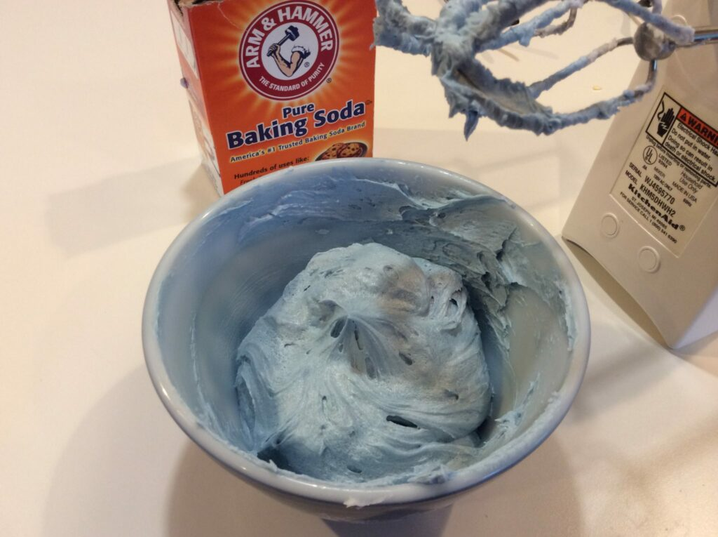 ConfectionCraft blue natural food coloring at alkaline pH