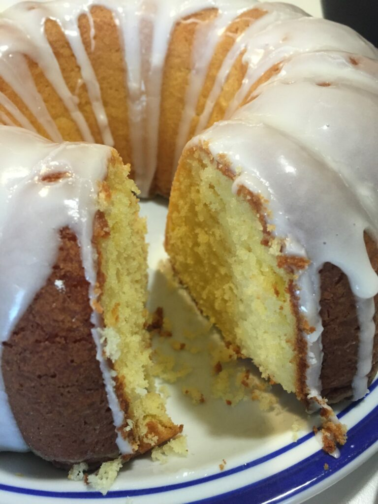 Homemade Lemon Pound Cake